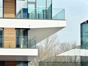 5 interior design trends using glass